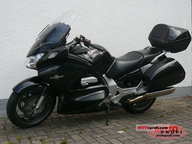 Honda ST1300 Pan-European 2007 #10