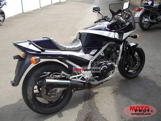 Honda VF1000F (reduced effect) #1