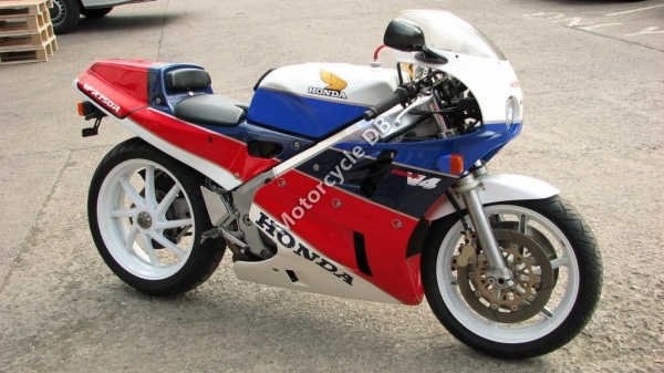 Honda VFR750R / RC30 (reduced effect) #5