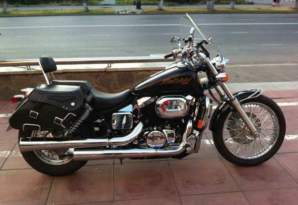 Honda VT750C3 DC Black Widow 2001 #2