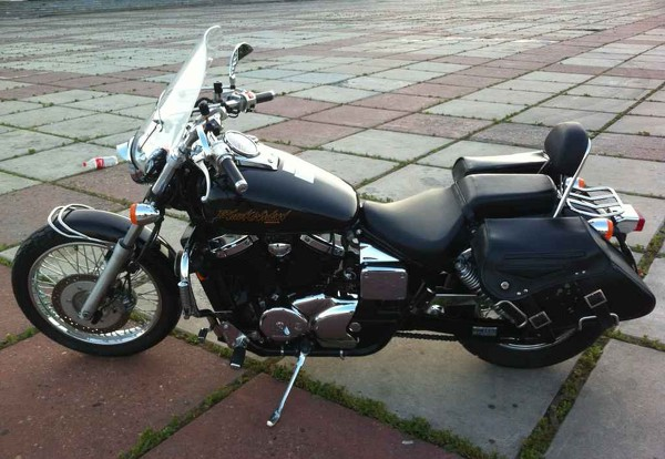 Honda VT750C3 DC Black Widow 2001 #3