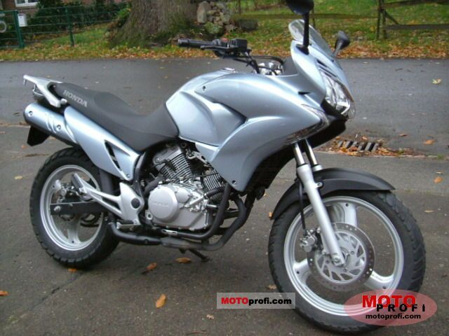 2007 honda xl125v varadero moto zombdrive com. Black Bedroom Furniture Sets. Home Design Ideas