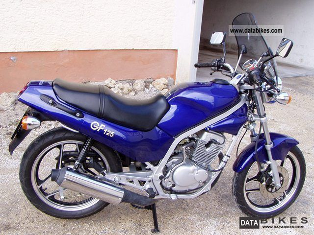 Hyosung GF 125 Speed #9