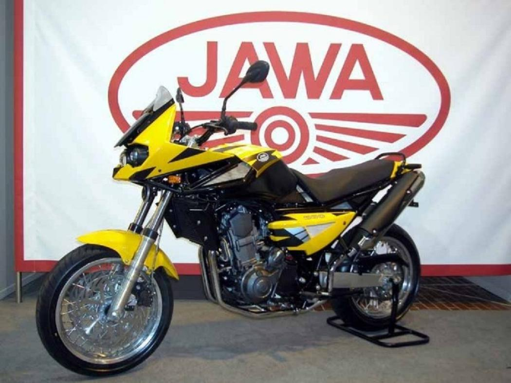 Jawa 650 dakar - one of the famous models from this manufacturer among motorcyclists