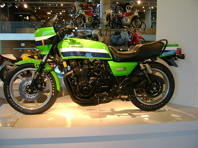 1987 Kawasaki GPZ550 (reduced effect) #13