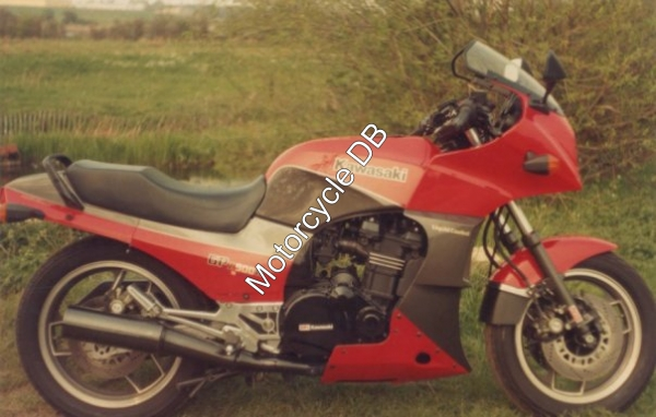 Kawasaki GPZ900R (reduced effect) 1984 #2