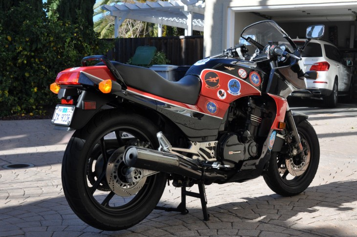 Kawasaki GPZ900R (reduced effect) 1985 #10