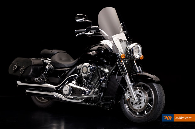 Kawasaki VN1700 Light Tourer 2011 #1