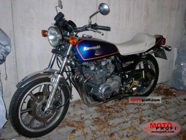 Kawasaki Z450 LTD (reduced effect) #5