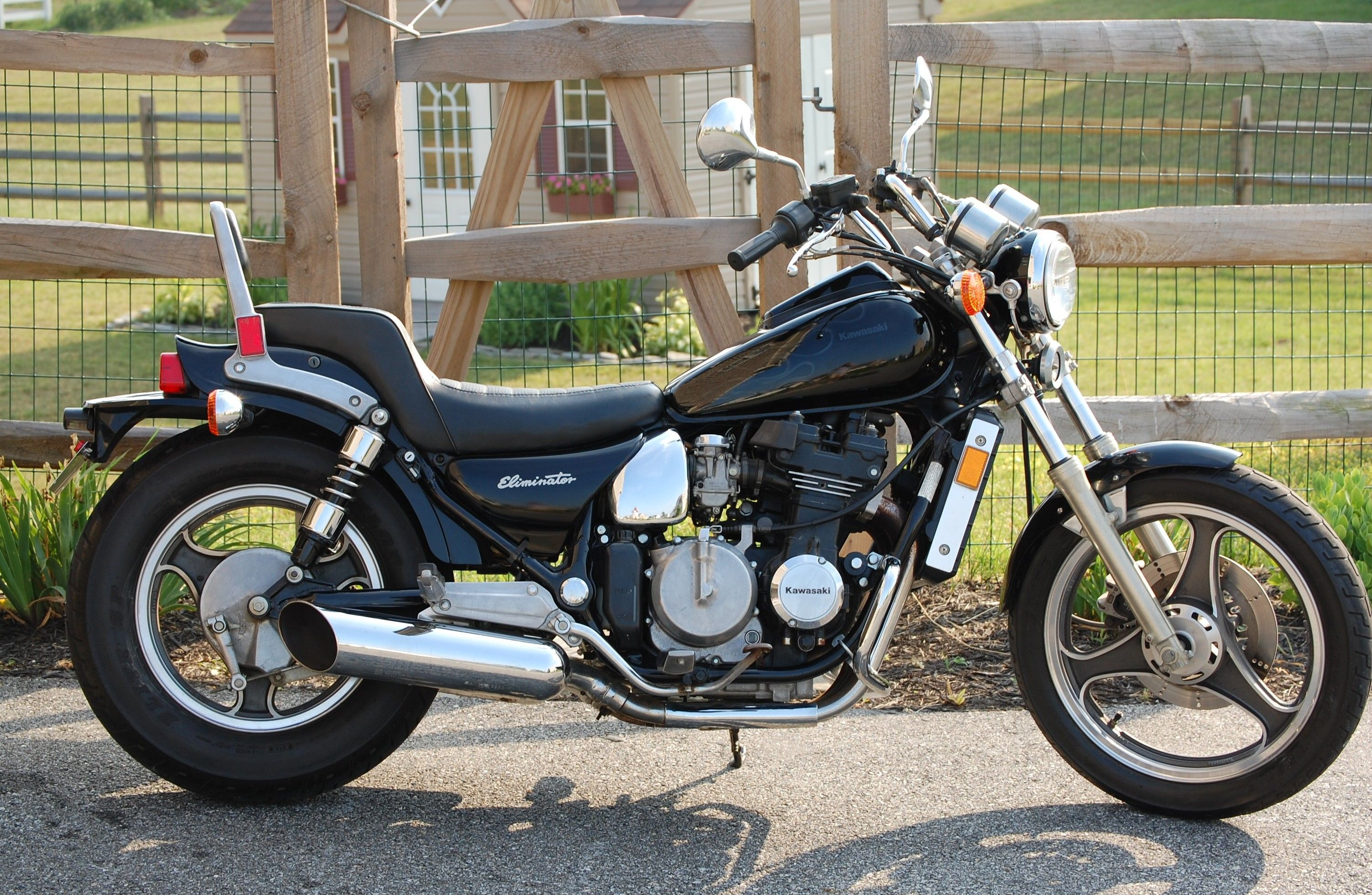 Review of Kawasaki ZL 600 1986: pictures, live photos