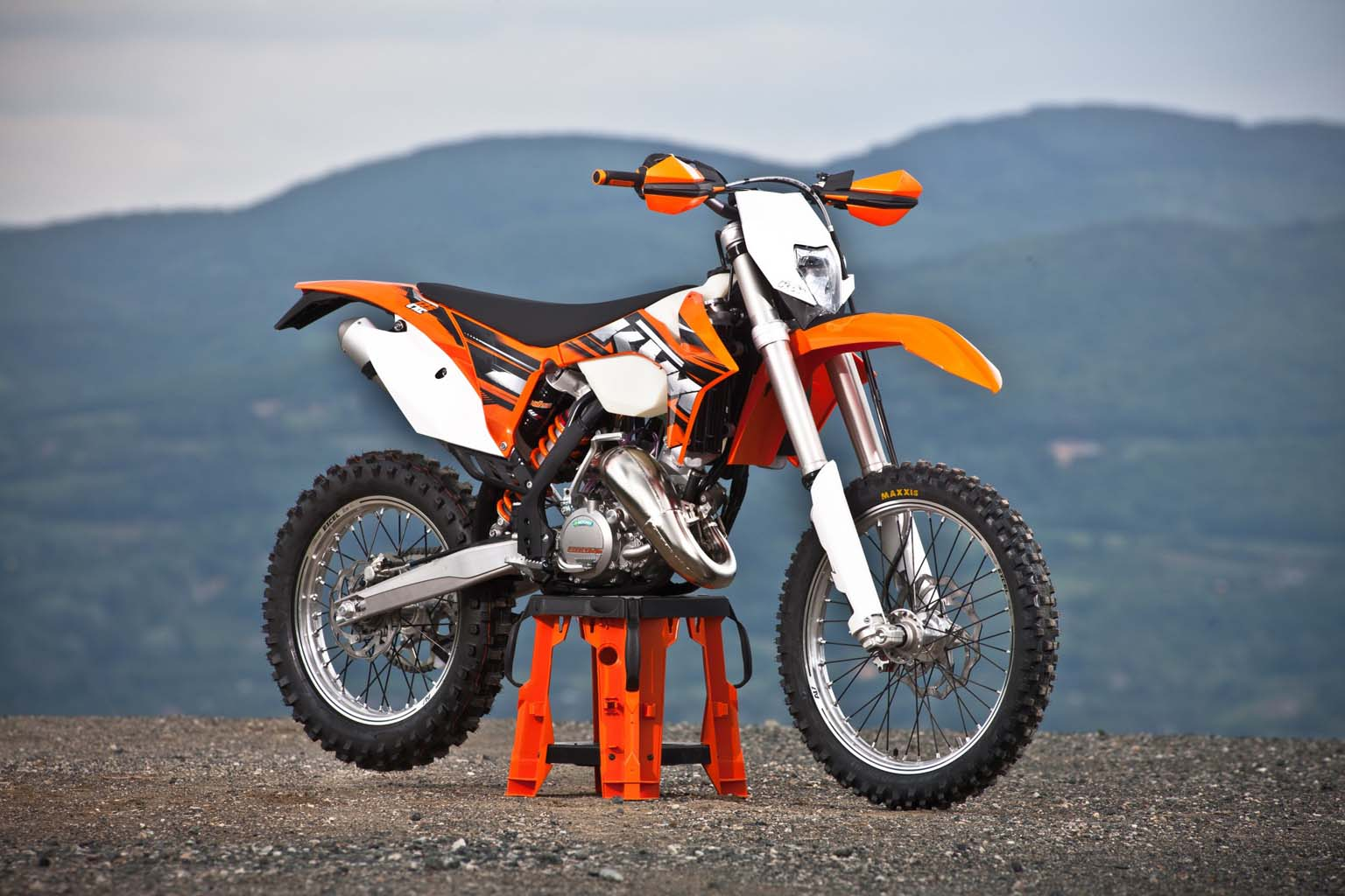 2013 ktm 125 exc moto zombdrive com. Black Bedroom Furniture Sets. Home Design Ideas