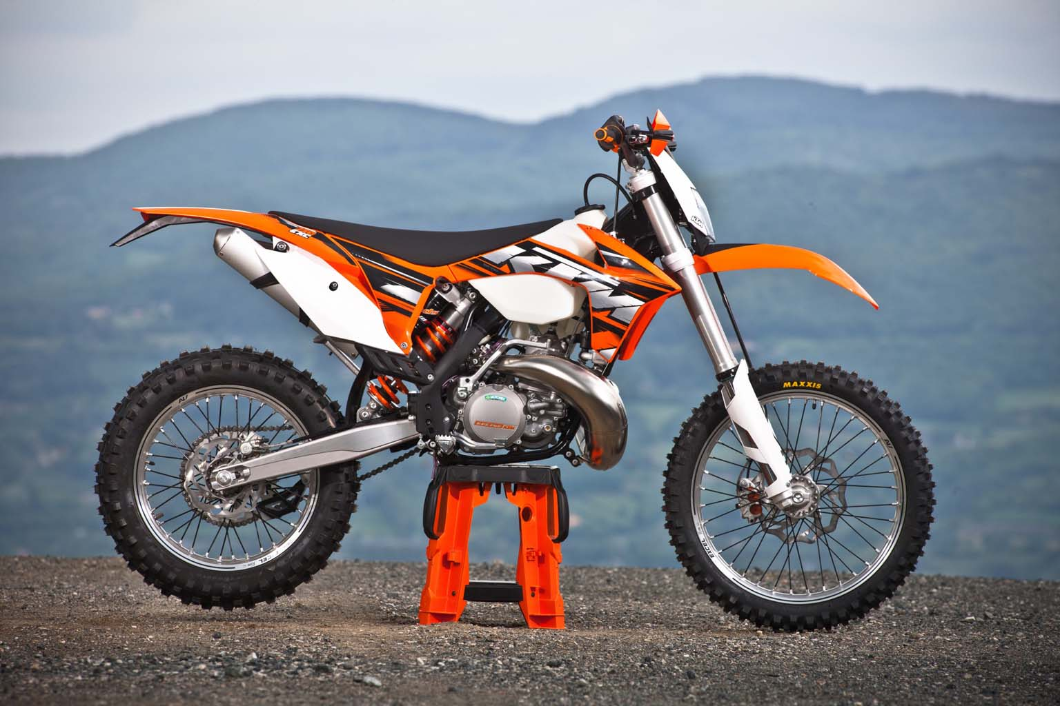 2013 ktm 250 exc moto zombdrive com. Black Bedroom Furniture Sets. Home Design Ideas