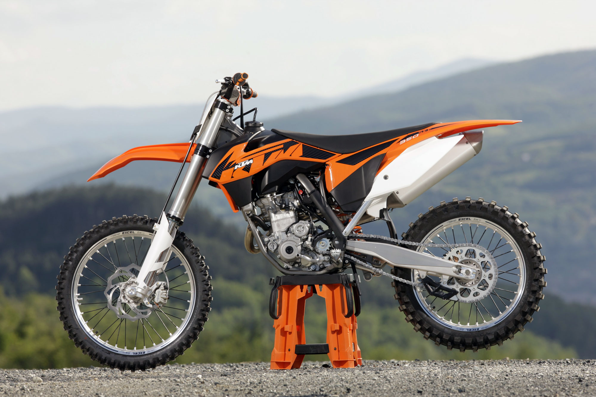 2012 KTM 350 SX-F Cairoli Edition specifications and pictures
