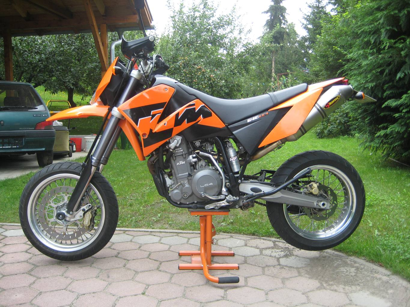2006 ktm 640 lc4 supermoto orange moto zombdrive com. Black Bedroom Furniture Sets. Home Design Ideas