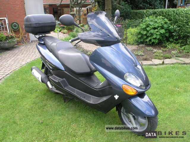 2007 mbk skyliner 125 moto zombdrive com. Black Bedroom Furniture Sets. Home Design Ideas