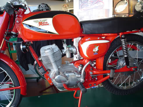 Moto Morini 125 T combining the high techologies with the usability #11