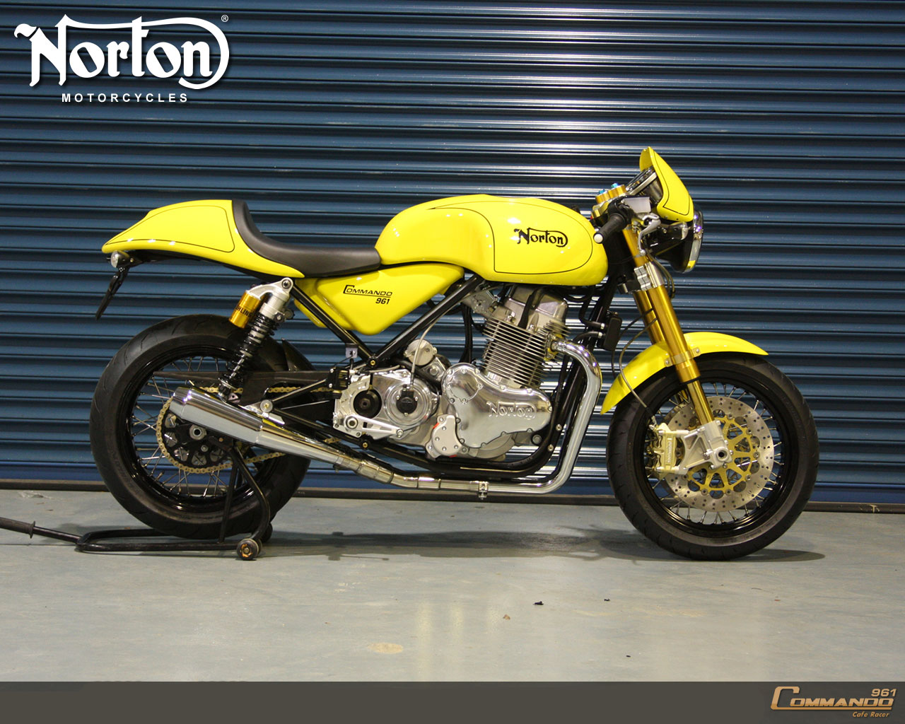 Norton Commando 961 Cafe Racer 2010 #1