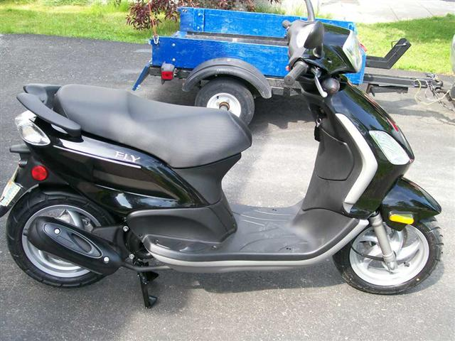 2008 piaggio fly 50 moto zombdrive com. Black Bedroom Furniture Sets. Home Design Ideas