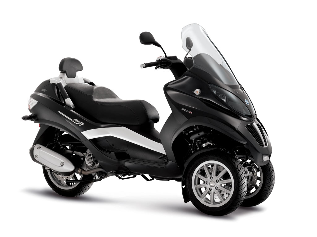 piaggio piaggio mp3 400 lt moto zombdrive com. Black Bedroom Furniture Sets. Home Design Ideas