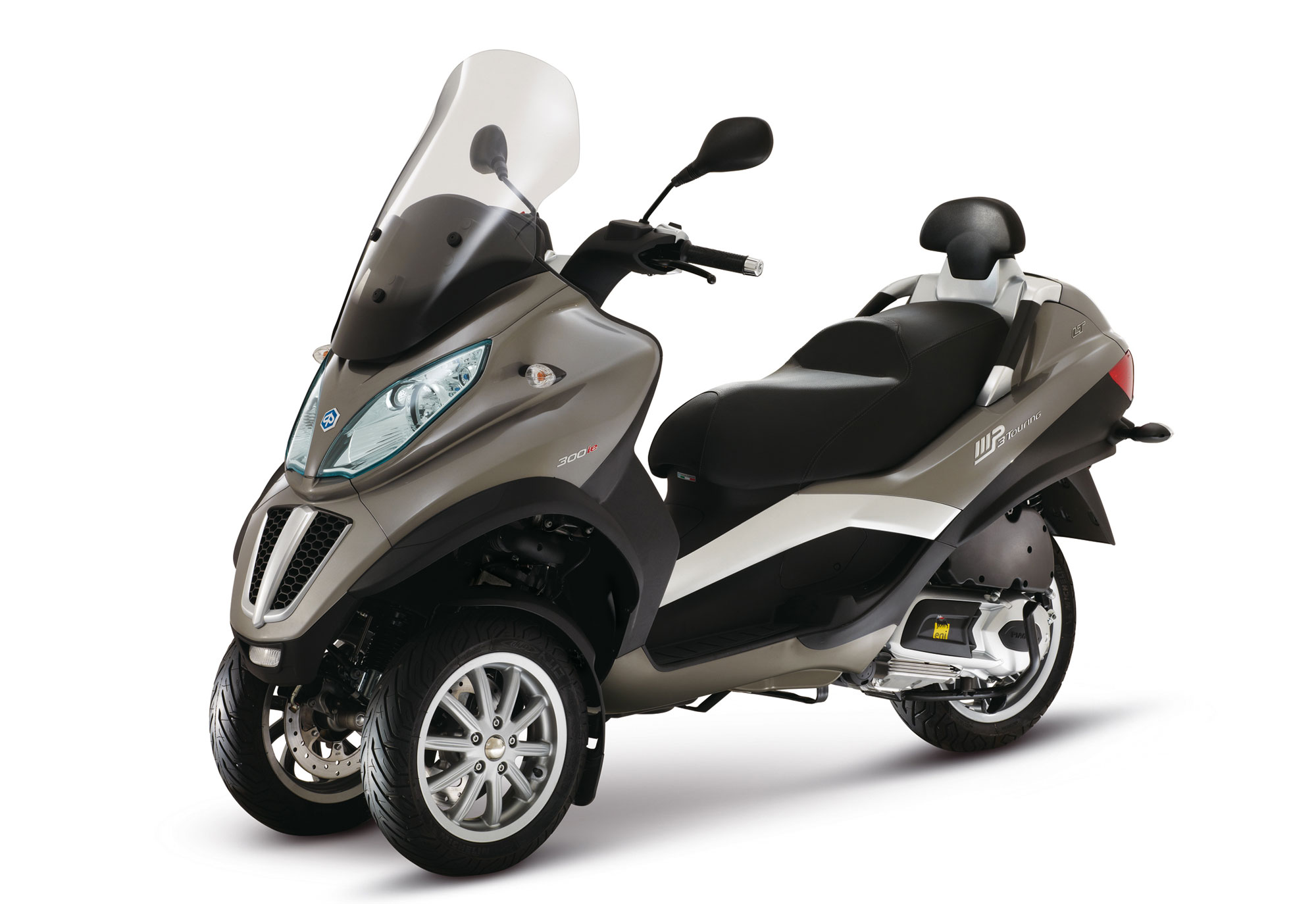 Can I Ride A Piaggio Mp On A Car Licence