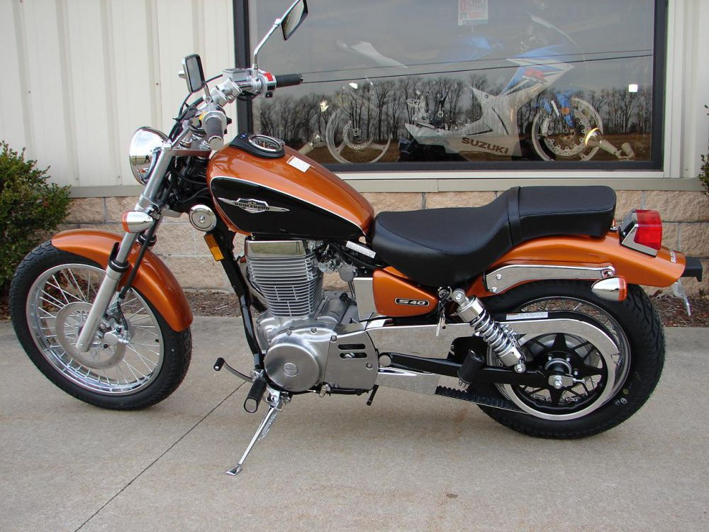 2010 suzuki boulevard s40 moto zombdrive com. Black Bedroom Furniture Sets. Home Design Ideas