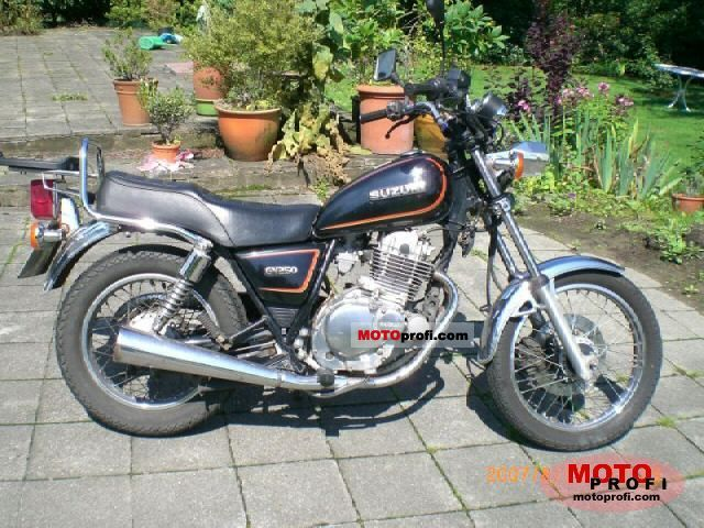 Suzuki GS 500 E (reduced effect) 1991 #14