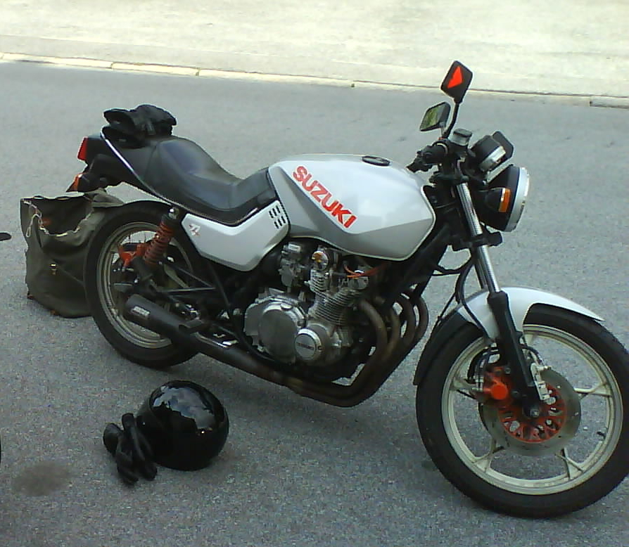 Suzuki GS 500 E (reduced effect) 1991 #6