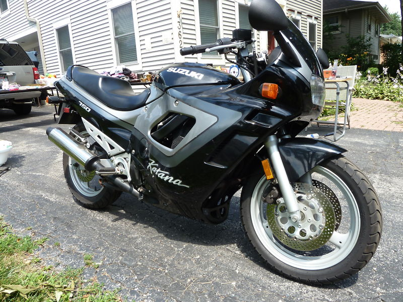 Suzuki GSX 750 F (reduced effect) 1991 #4
