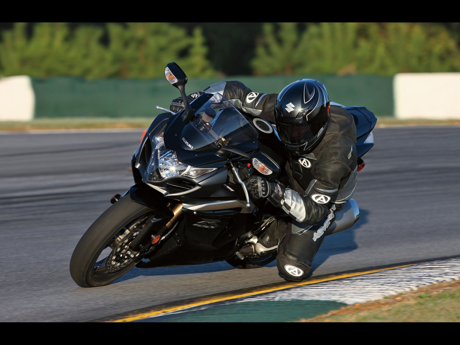 Suzuki gsx r1000 action wallpapers 72 wallpapers u2013 hd wallpapers