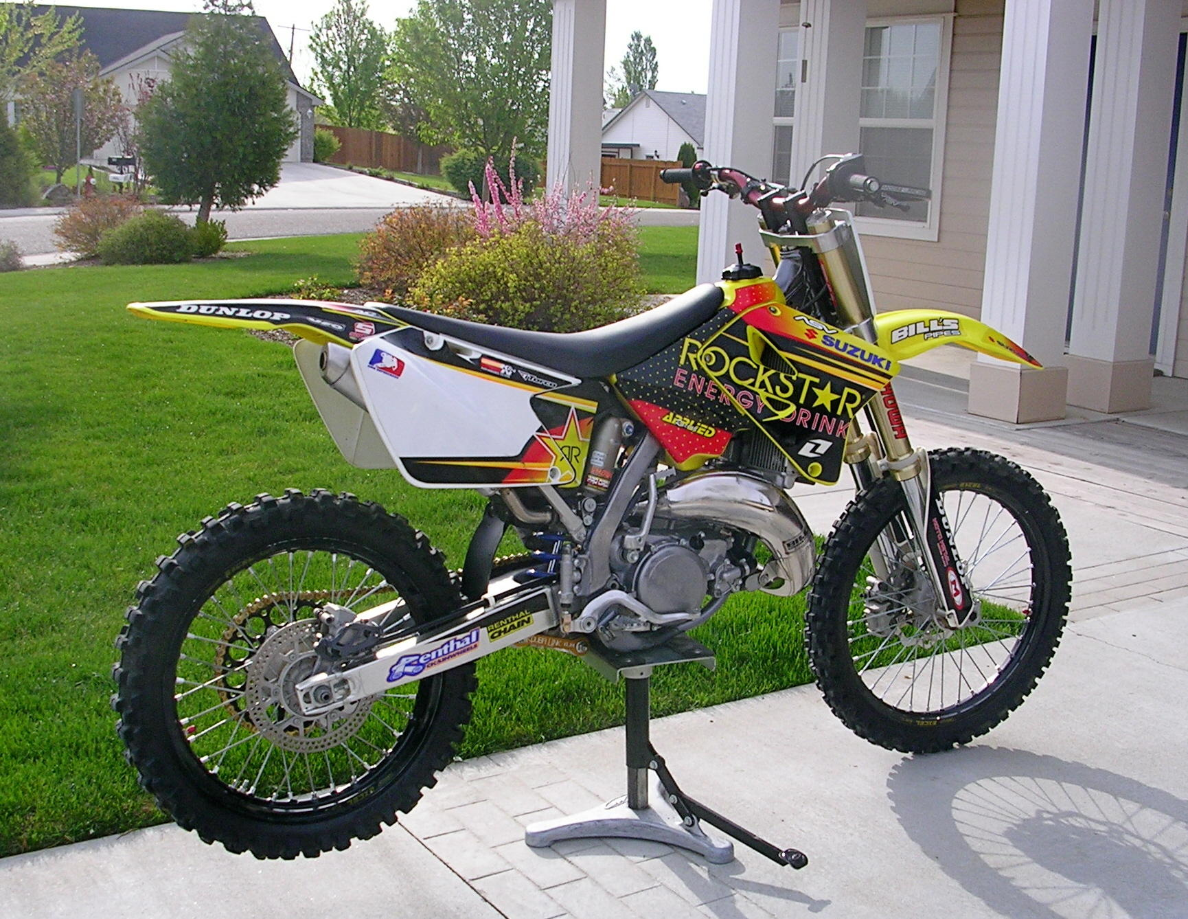 Astonishing 2006 Suzuki Rm 125 Moto Zombdrive Com Theyellowbook Wood Chair Design Ideas Theyellowbookinfo