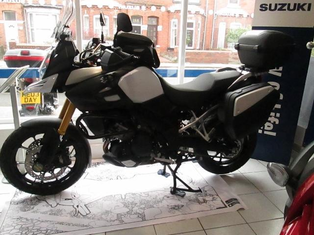 suzuki v strom grand touring image 2. Black Bedroom Furniture Sets. Home Design Ideas