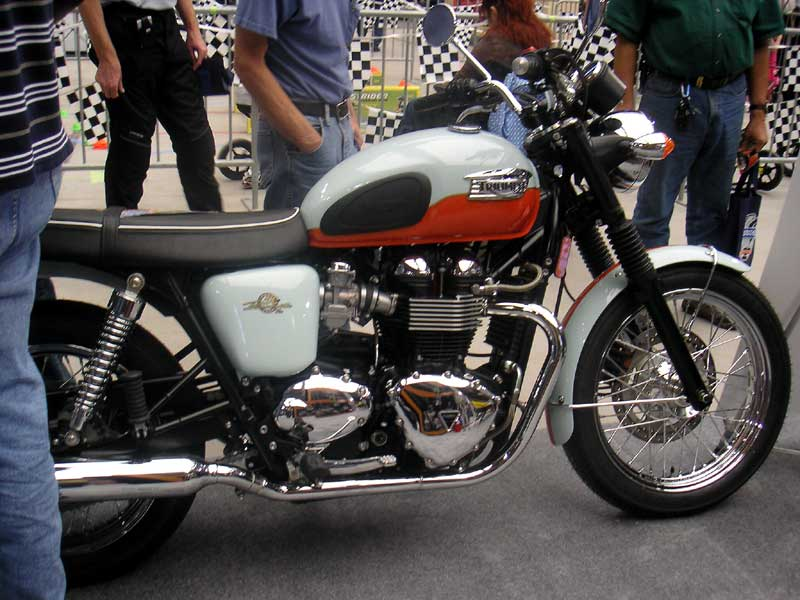 Triumph Bonneville 50th #13