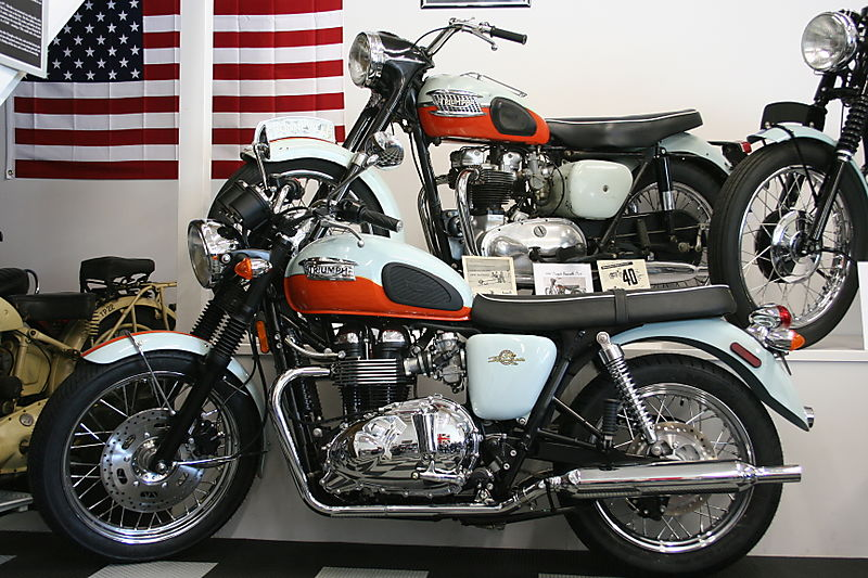 Triumph Bonneville 50th #9