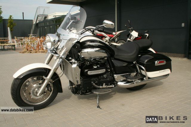 Triumph Rocket III Touring ABS #7