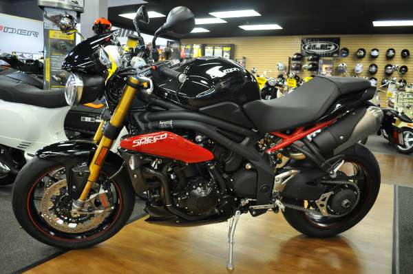 2014 Triumph Speed Triple Abs Image 7