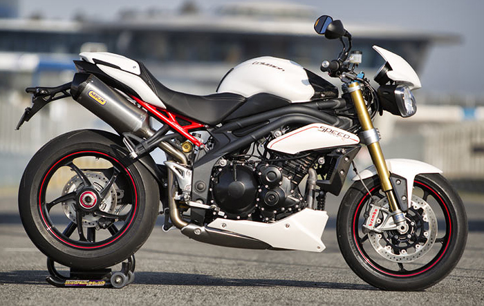 Triumph Speed Triple R ABS #9