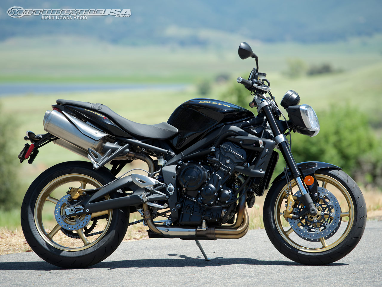 2012 triumph street triple r moto zombdrive com. Black Bedroom Furniture Sets. Home Design Ideas