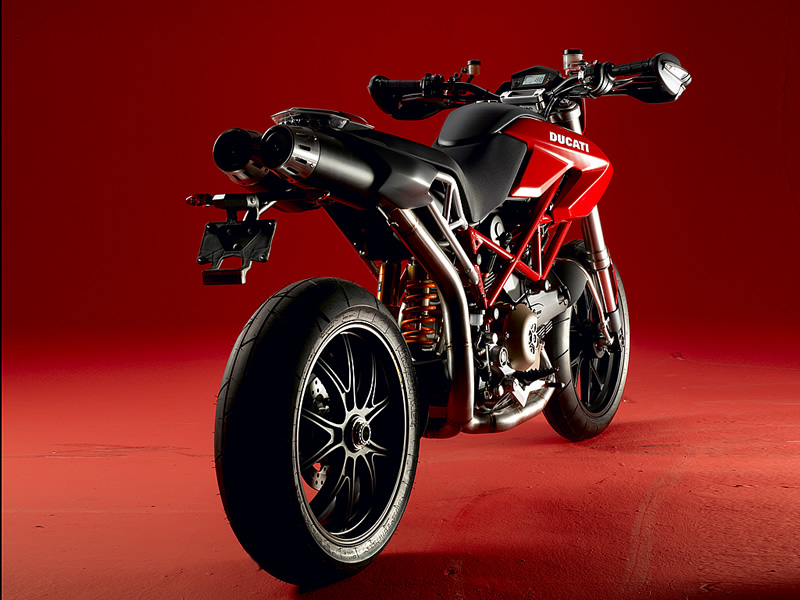 Triumph Super motard #6