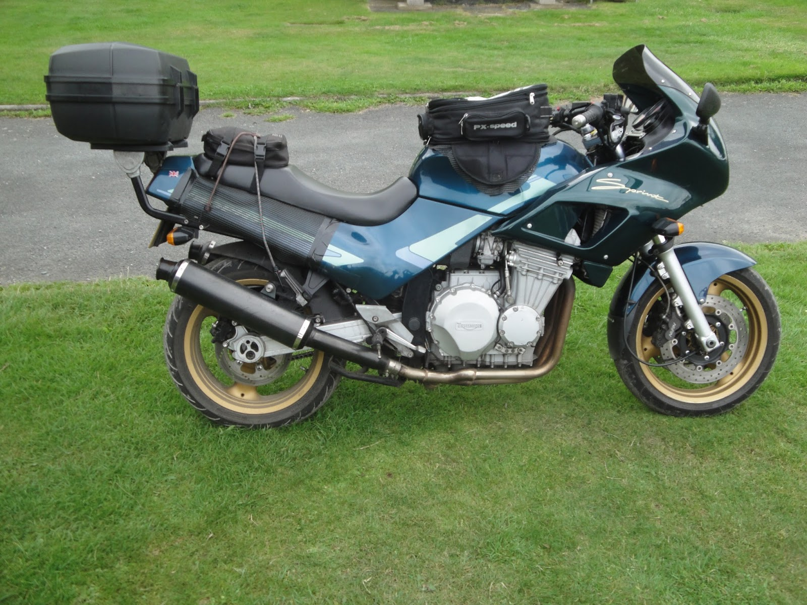 Triumph Trophy 1200 (reduced effect) #10