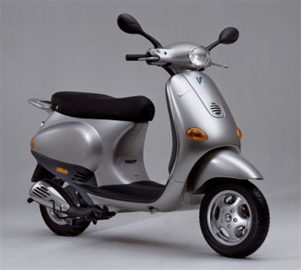 vespa vespa et2 50 moto zombdrive com. Black Bedroom Furniture Sets. Home Design Ideas
