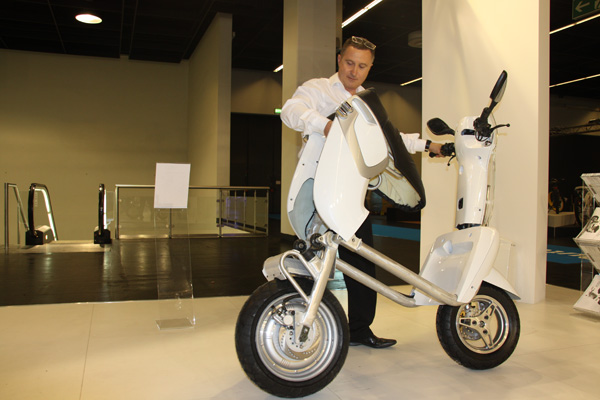 XOR XO2 125: you have never met such a compact scooter before! #6