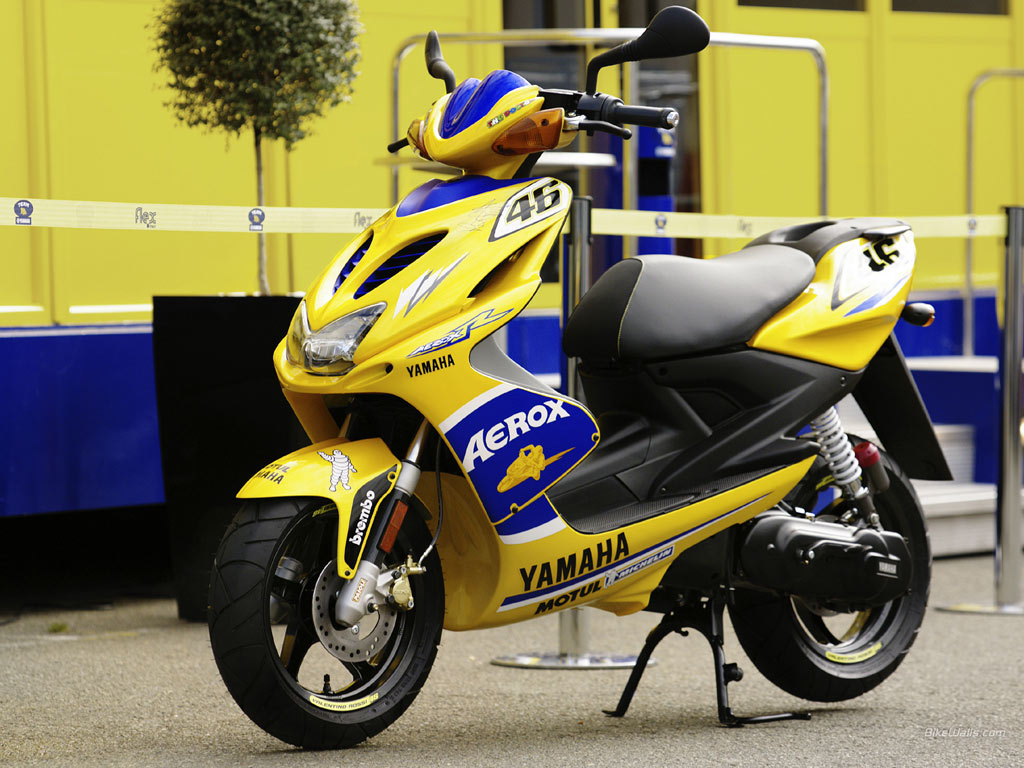 Yamaha Aerox R Special Version #6