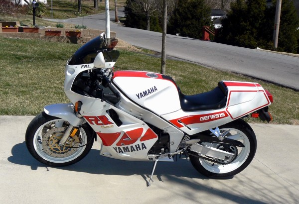 Yamaha FZR 750 R (reduced effect) 1990 #12