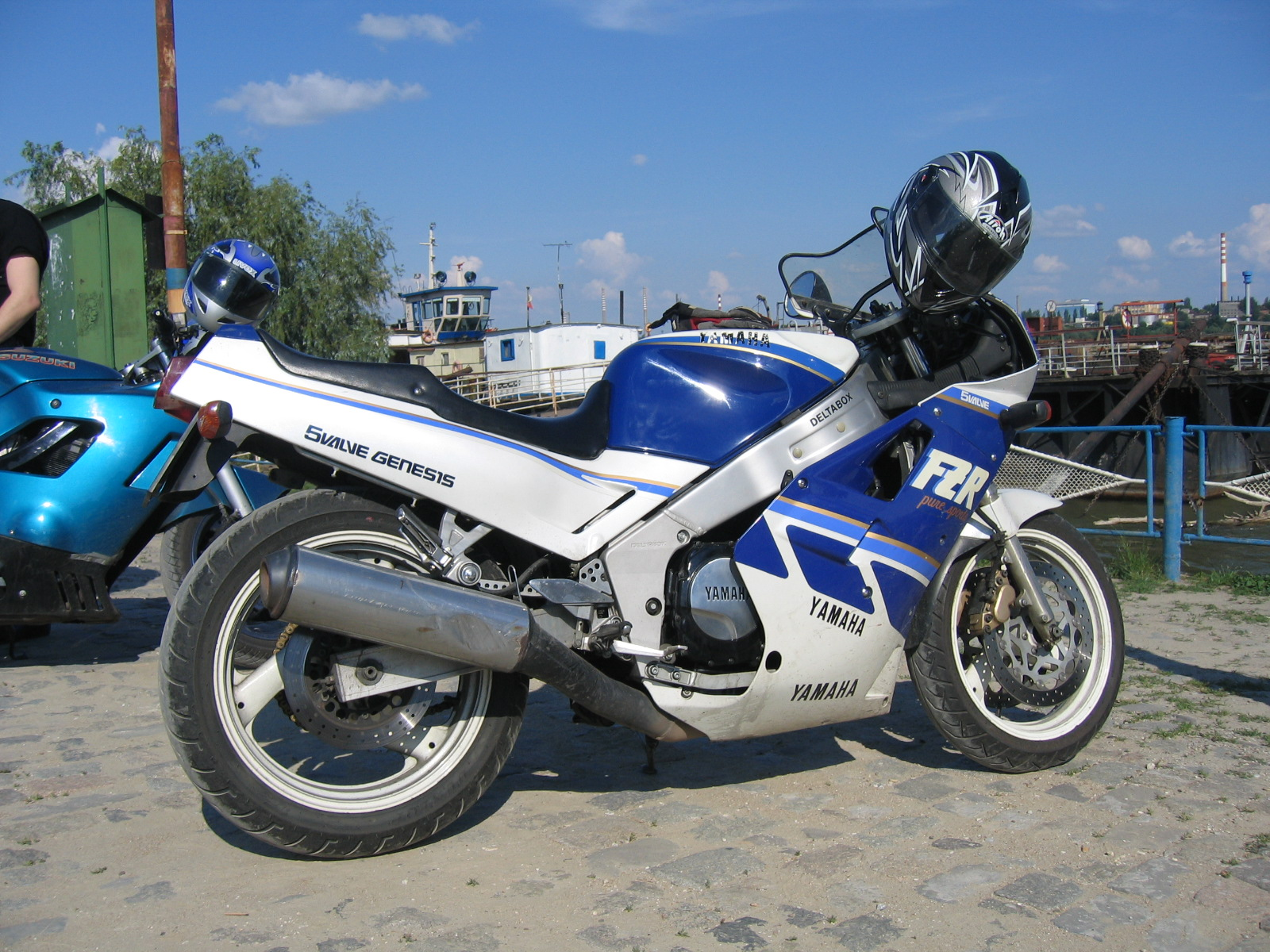 Yamaha FZR 750 R (reduced effect) 1990 #5