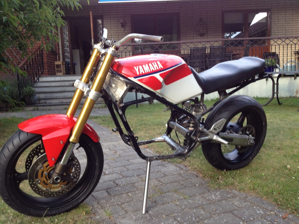 1986 Yamaha RD 350 F (reduced effect) #3