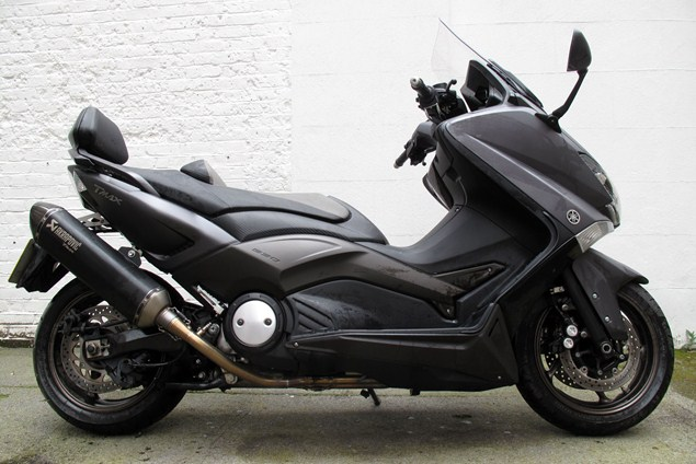 2014 yamaha tmax abs moto zombdrive com. Black Bedroom Furniture Sets. Home Design Ideas