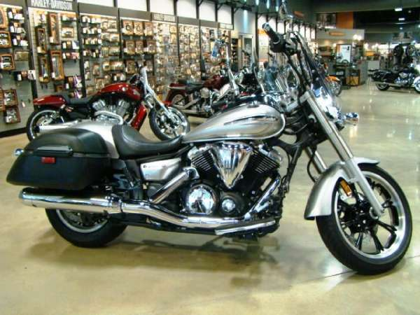 Yamaha V Star 950 Tourer 2010 #4