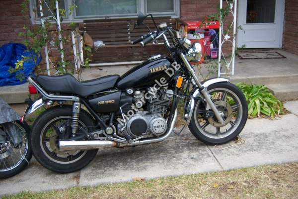 Yamaha XS 400 DOHC (reduced effect) 1982 #13