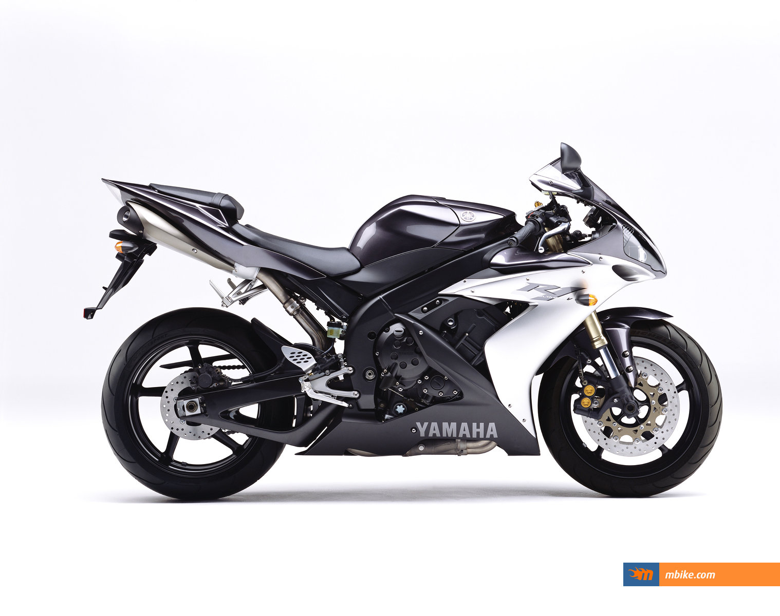 2004 yamaha yzf r1 moto zombdrive com. Black Bedroom Furniture Sets. Home Design Ideas