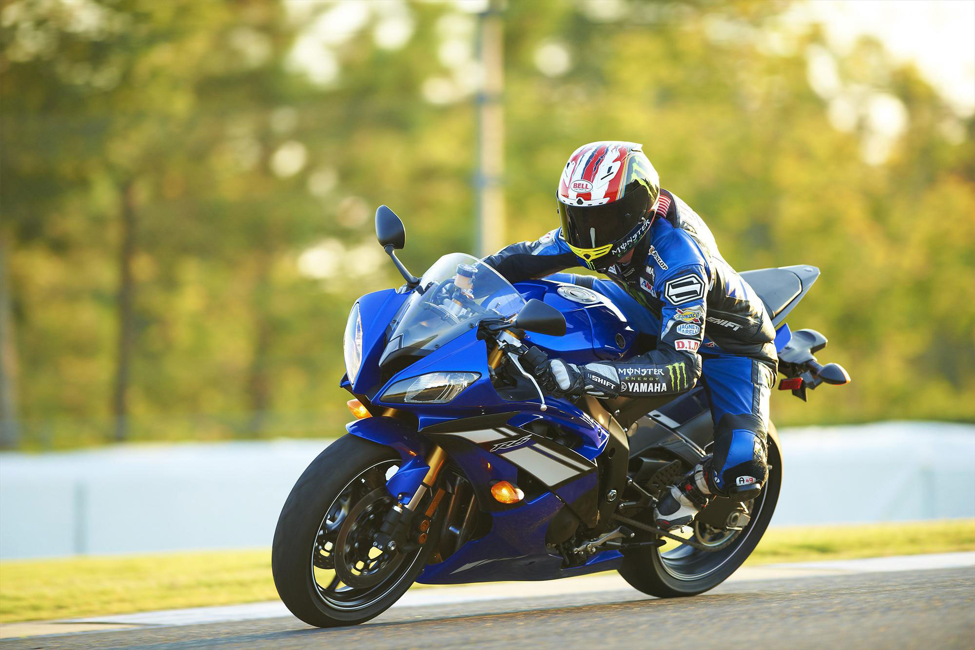 2012 yamaha yzf r6 reviews prices and specs review ebooks -  Yamaha Yzf R6 2012 12